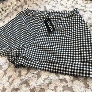 NWT gingham black & white layered shorts size 14
